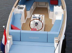 2017 Interboat Intender 820