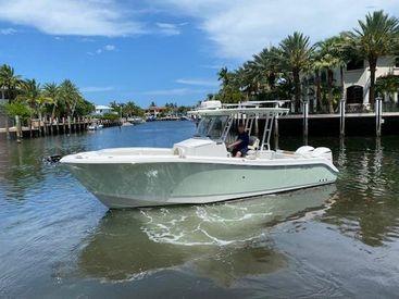 2019 28' Edgewater-280 CC Fort Lauderdale, FL, US