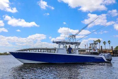 2016 39' Contender-39 ST Stuart, FL, US