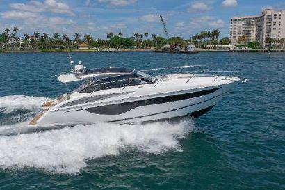 2020 40' Princess-V40 Palm Beach, FL, US