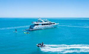2004 110' Broward-Motor Yacht Fort Lauderdale, FL, US