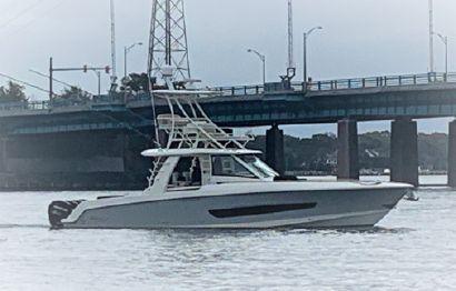 2019 42' Boston Whaler-420 Outrage Point Pleasant, NJ, US