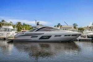 2020 70' Pershing-7X Aventura, FL, US