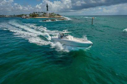 2021 40' Intrepid-407 Nomad SE Dania Beach, FL, US