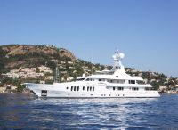 2006 Turquoise Twin screw diesel yacht