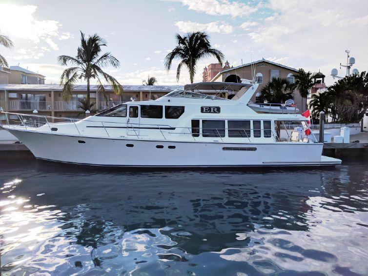 2000-65-pacific-mariner-65-motoryacht
