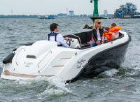 2021 Oud Huijzer 600 Tender
