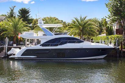 2018 50' Azimut-50 Flybridge Fort Lauderdale, FL, US