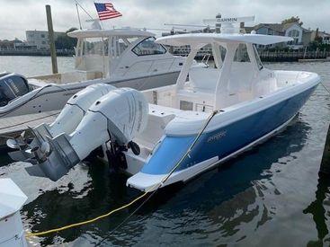 2022 34' Intrepid-345 Nomad SE Fort Lauderdale, FL, US