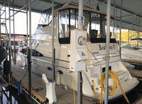 2002 Carver 396 Aft Cabin Motoryacht