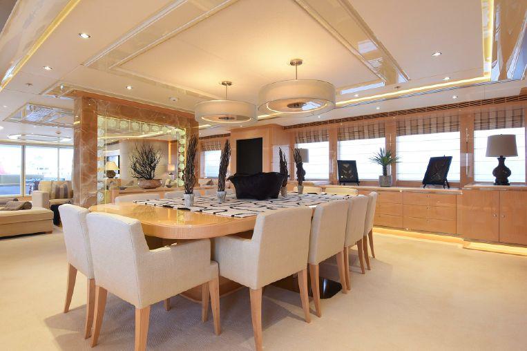 2011-180-heesen-displacement-motor-yacht