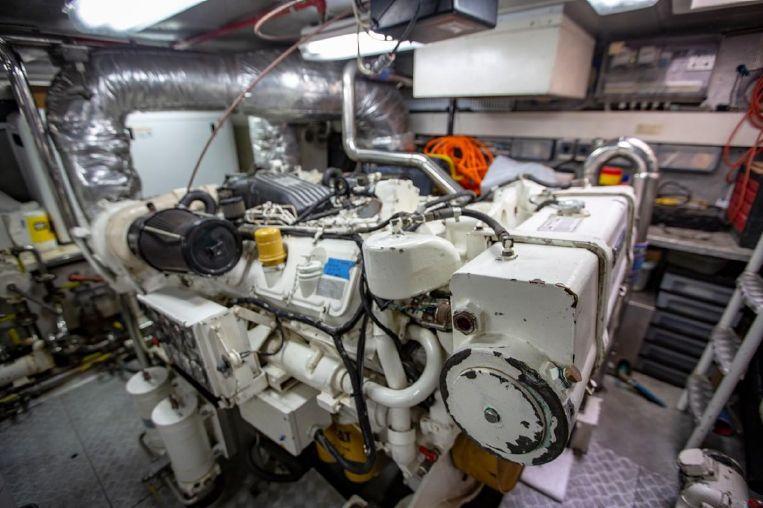 1996-78-azimut-78-ultra-motoryacht