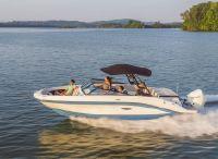 2022 Sea Ray SPX 230 Outboard