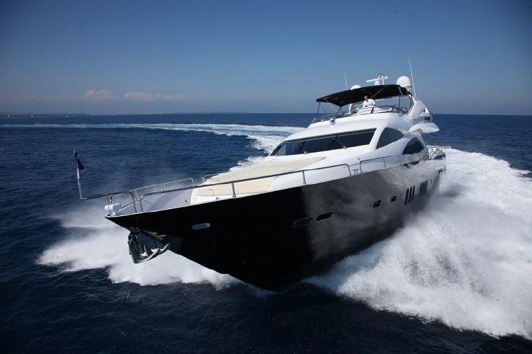 2008-94-sunseeker-90-yacht