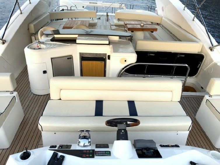 2003-94-sunseeker-yacht-94