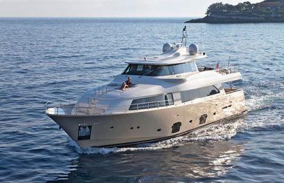 2010 86' Ferretti Yachts-Custom Line Aregai, IT