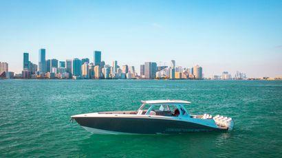 2021 44' Concept-44 Open Miami Beach, FL, US