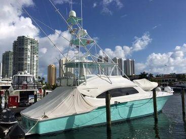 2010 63' Bertram-630 Flybridge Miami, FL, US