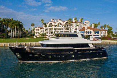 2014 78' Fifth Ocean Yachts-24 Miami Beach, FL, US
