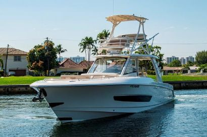 2016 42' Boston Whaler-420 Outrage Fort Lauderdale, FL, US