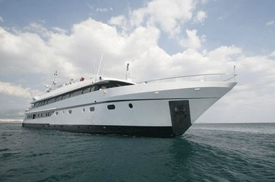 2001-177-mini-cruise-ship