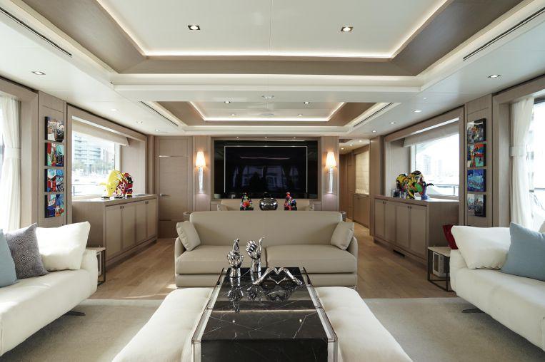 2017-115-7-sunseeker-116-yacht