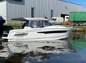 2021 Jeanneau Merry Fisher 895 Offshore