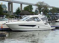 2019 Sea Ray Sundancer 350 Coupe