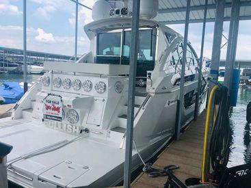 2019 50' Cruisers Yachts-50 Cantius Austin, TX, US