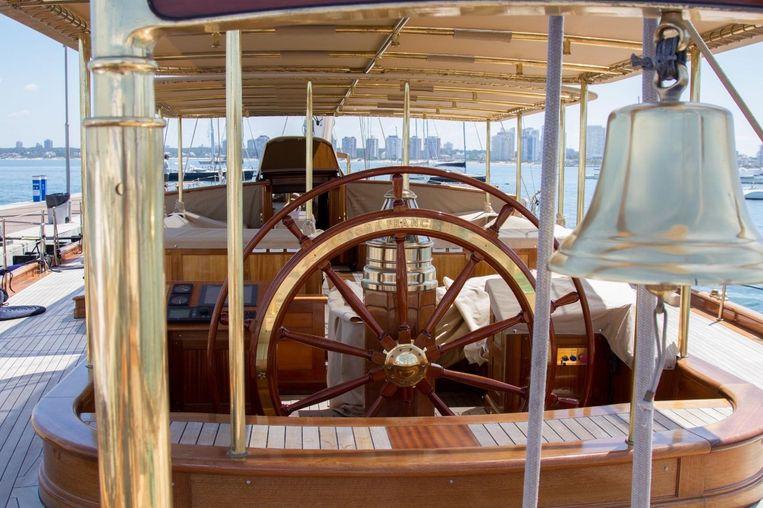 2014-172-custom-schooner