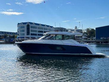 2021 49' Tiara Yachts-49 COUPE Greenwich, CT, US
