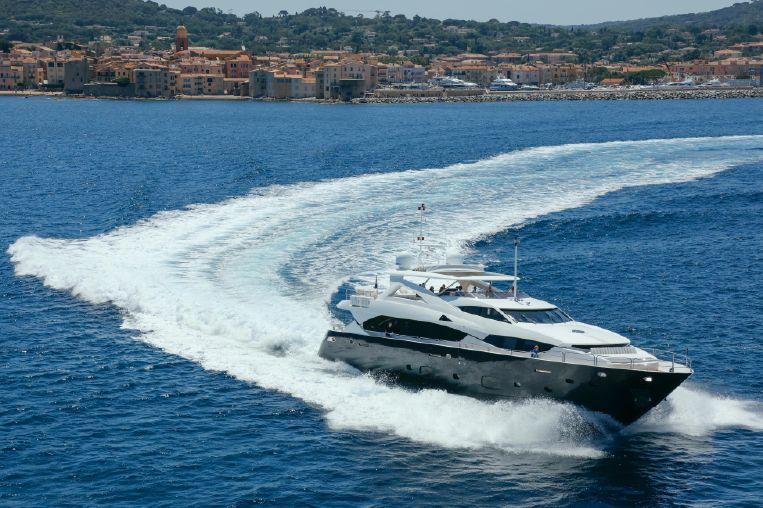 2012-111-sunseeker-34m-motor-yacht