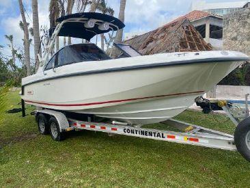2018 23' 2'' Boston Whaler-230 Vantage Cancun, MX
