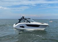 2022 Sea Ray 370 Sundancer