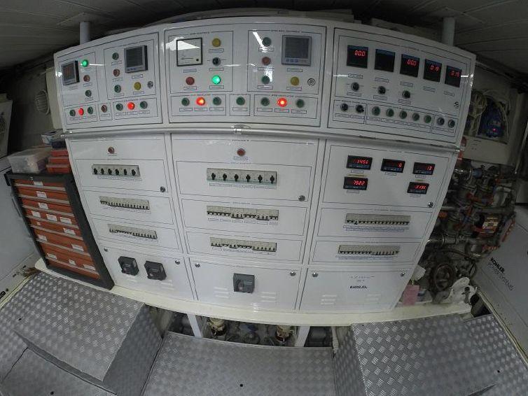 2008-98-azimut-95