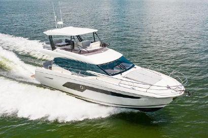 2020 52' Prestige-520 Flybridge Tampa, FL, US