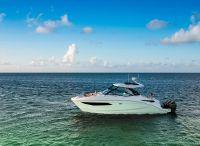 2022 Sea Ray 320 Sundancer Outboard