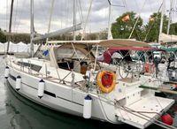 2017 Dufour Dufour 512 Grand Large