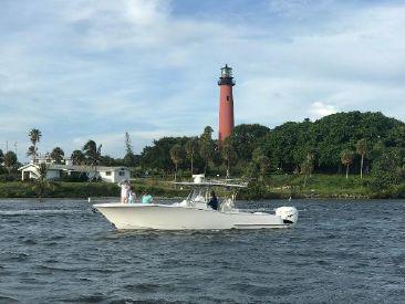2022 33' Mag Bay-33 Miami, FL, US