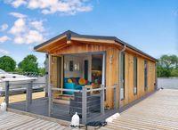 2022 Custom 1 Bedroom Floating Lodge