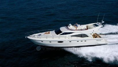 2004 62' 4'' Ferretti Yachts-590 IT