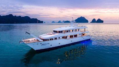 2012 121' Silkline International-Incat Crowther 37M Power Catamaran Pran Buri, TH