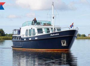 2006 Monty Bank Trawler 38