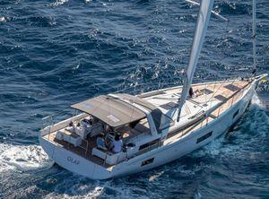 2021 Beneteau Oceanis Yacht 54