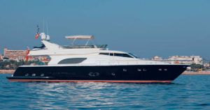 2003 81' Ferretti Yachts-810 Nassau, VG