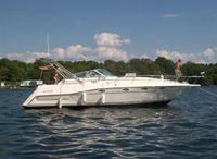 1994 Cruisers Yachts 3675 Express