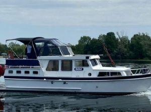 1995 Crown Cruiser 11.00 AK