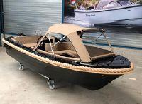 2020 Silver Yacht 525