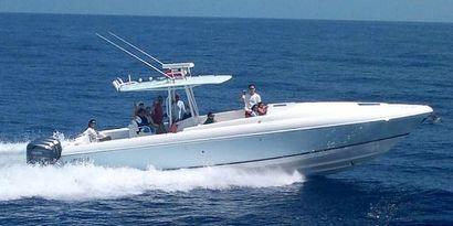 2004 37' Intrepid-370 Cuddy Coral Gables, FL, US