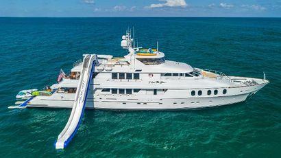 2002 145' Christensen-Trideck Fort Lauderdale, FL, US